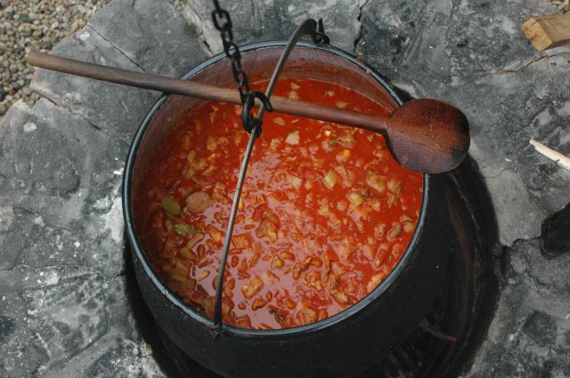 cookout gulash party in Balaton hostel